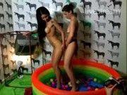 Monica Mattos e Bruna Vieira no Twitcam