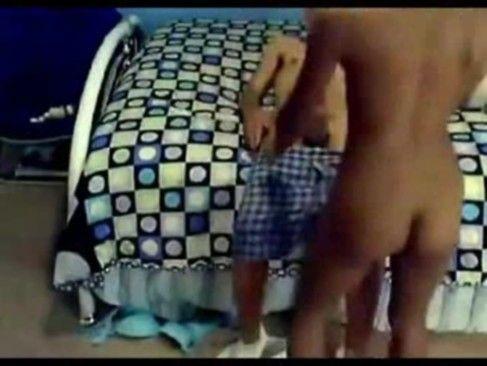 Novinha safada no arrebento