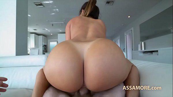 Vídeo de putaria top demais com mulher rabuda metendo gostoso