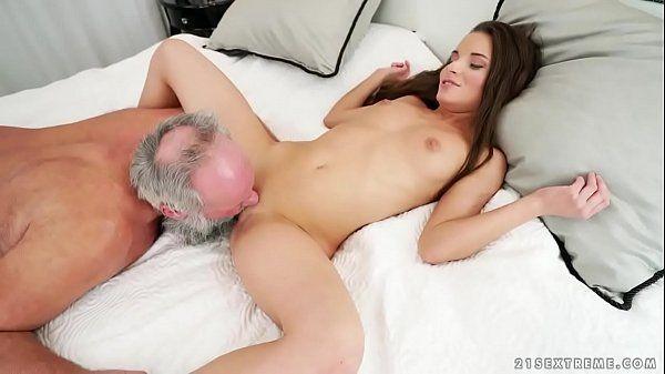 Vídio de incesto com tio fodendo sobrinha novinha linda